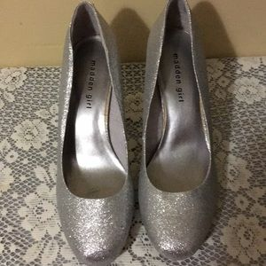 Madden Girl Shoes Color Silver Size 10 M